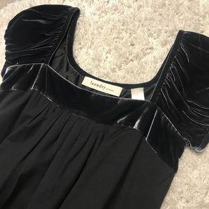 Velvet sleeve shift dress